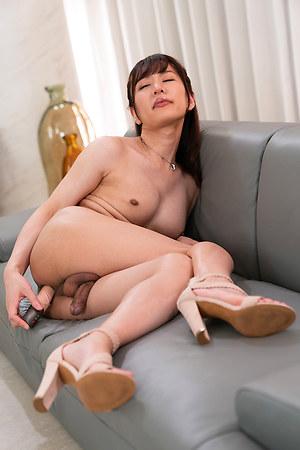 Serina Tachibana Intense Anal Masturbation
